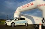 Bezpośredni odnośnik do 0,9 l/100 km hybrydową Toyotą Yaris