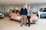 Bezpośredni odnośnik do Nissan Leaf: świeci jak… 100000 monet