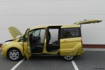 Ford_Tourneo_Connect_17