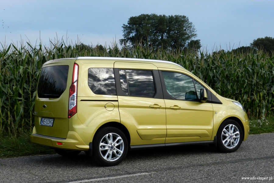 test ford tourneo connect 1 6 tdci titanium wiadomo ci motoryzacyjne. Black Bedroom Furniture Sets. Home Design Ideas