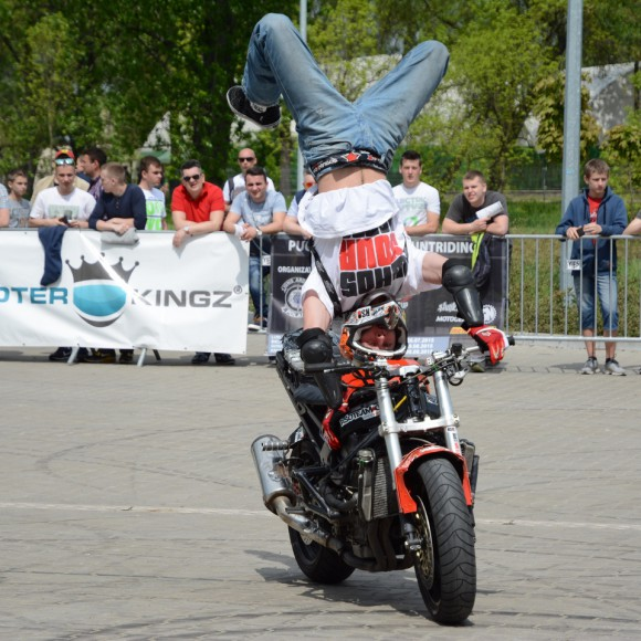 motosession15_fot_Robert_Pikul_stunt_01