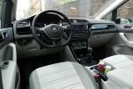 Volkswagen_Touran_22