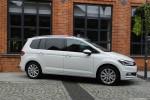 Volkswagen_Touran_24