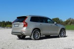 Volvo_XC90_16