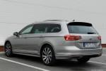 Volkswagen_Passat_Variant_13