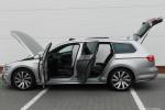 Volkswagen_Passat_Variant_16