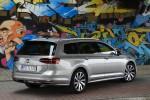 Volkswagen_Passat_Variant_2