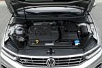 Volkswagen_Passat_Variant_29