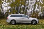 Volkswagen_Passat_Variant_38