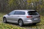 Volkswagen_Passat_Variant_39