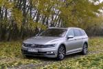 Volkswagen_Passat_Variant_40