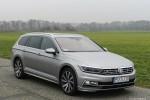 Volkswagen_Passat_Variant_44