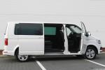 Volkswagen_Multivan_17