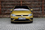 32_Volkswagen_Golf