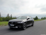 28_Volvo_V90_Cross_Country